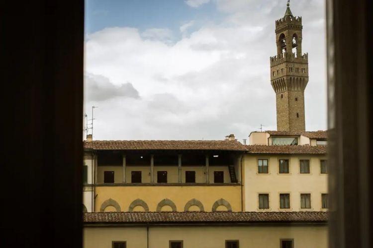 appartamento ponte vecchip view open space foto29
